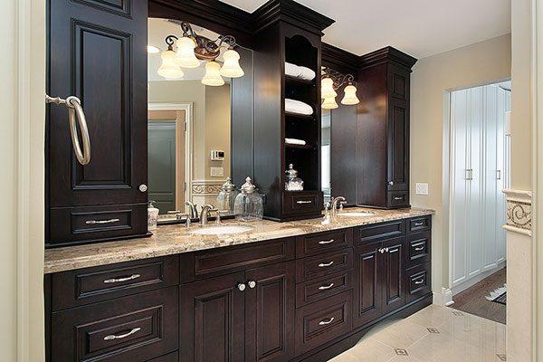 Bathroom vanity ideas on choosing yours for Bathroom cabinet 600 x 400