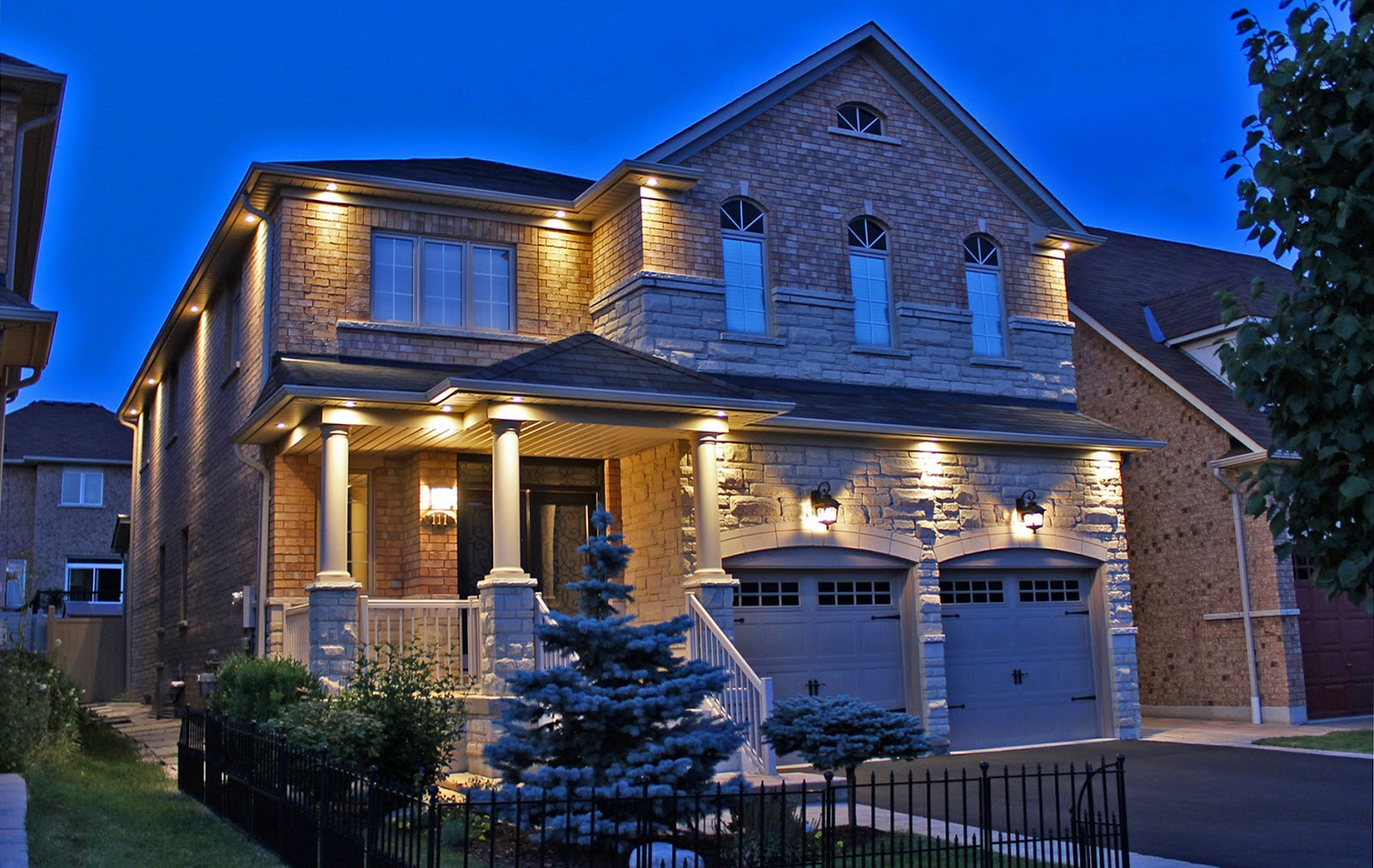 6 Ways Exterior Pot Lights Will Enhance Your Home
